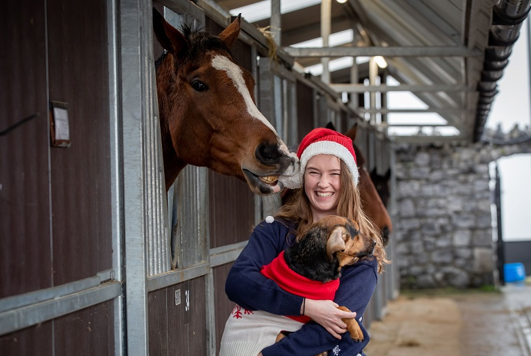 Latest News: Get Christmas jumper ready for the Fairyhouse Winter Festival